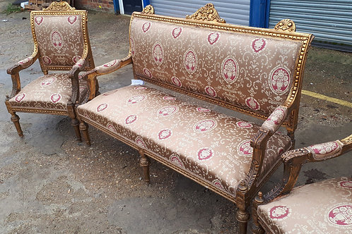 SET OF 1 GILDED SOFA AND 4 GILDED ARMCHAIRS IN THE FRENCH ANTIQUE STYLE - 629