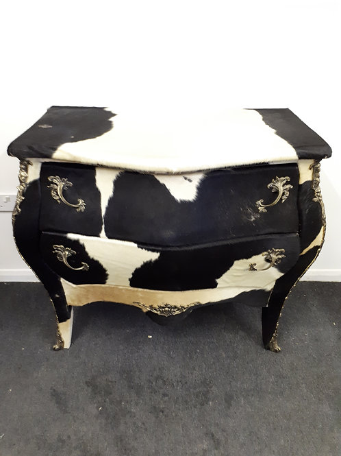 COW HIDE CHEST OF DRAWERS - 526