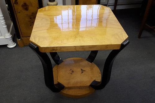 ART DECO SQUARE COFFEE TABLE IN WALNUT WITH BLACK LEGS - 644