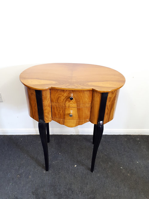 WALNUT OCCASIONAL TABLE WITH BLACK LEGS - 534