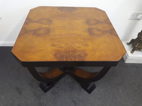 WIDE WOODEN COFFEE TABLE - 555