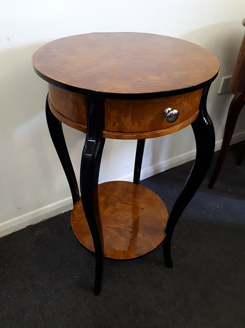 WOODEN OCCASIONAL TABLE WITH BLACK LEGS - 516