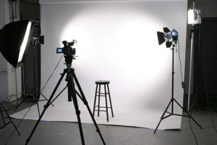 2 estudio foto e filmagem academia de at