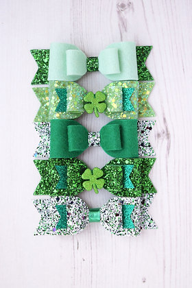 "Medium St Patricks 3.5"" Bow"