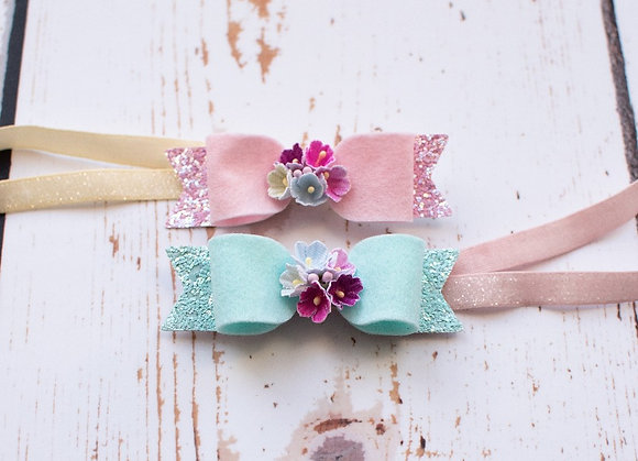 Spring flower bloom bow