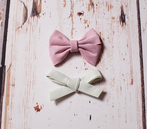 Set of 2 festive stripe bows