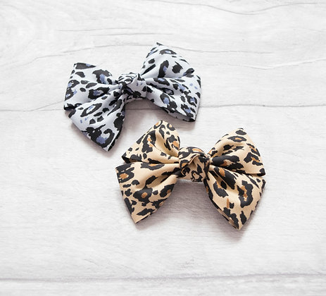 Leopard Pinch Bow