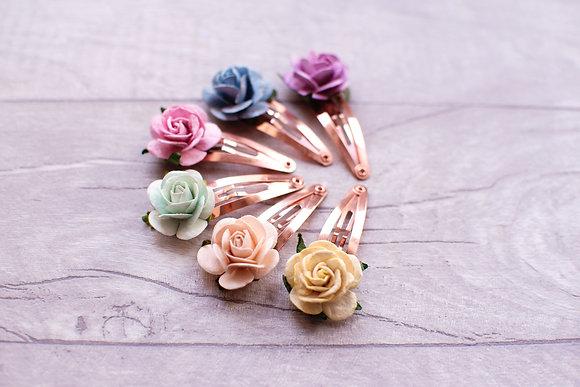 Single Spring Rose Snap Clip