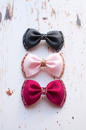 Glitter Edge Pinch Bow