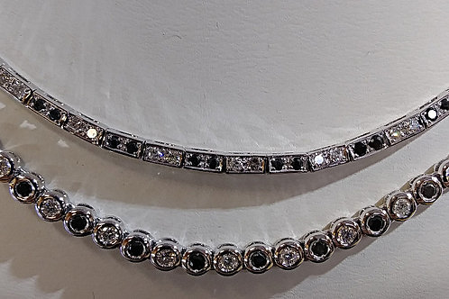 18kt Black and white Diamond Necklace
