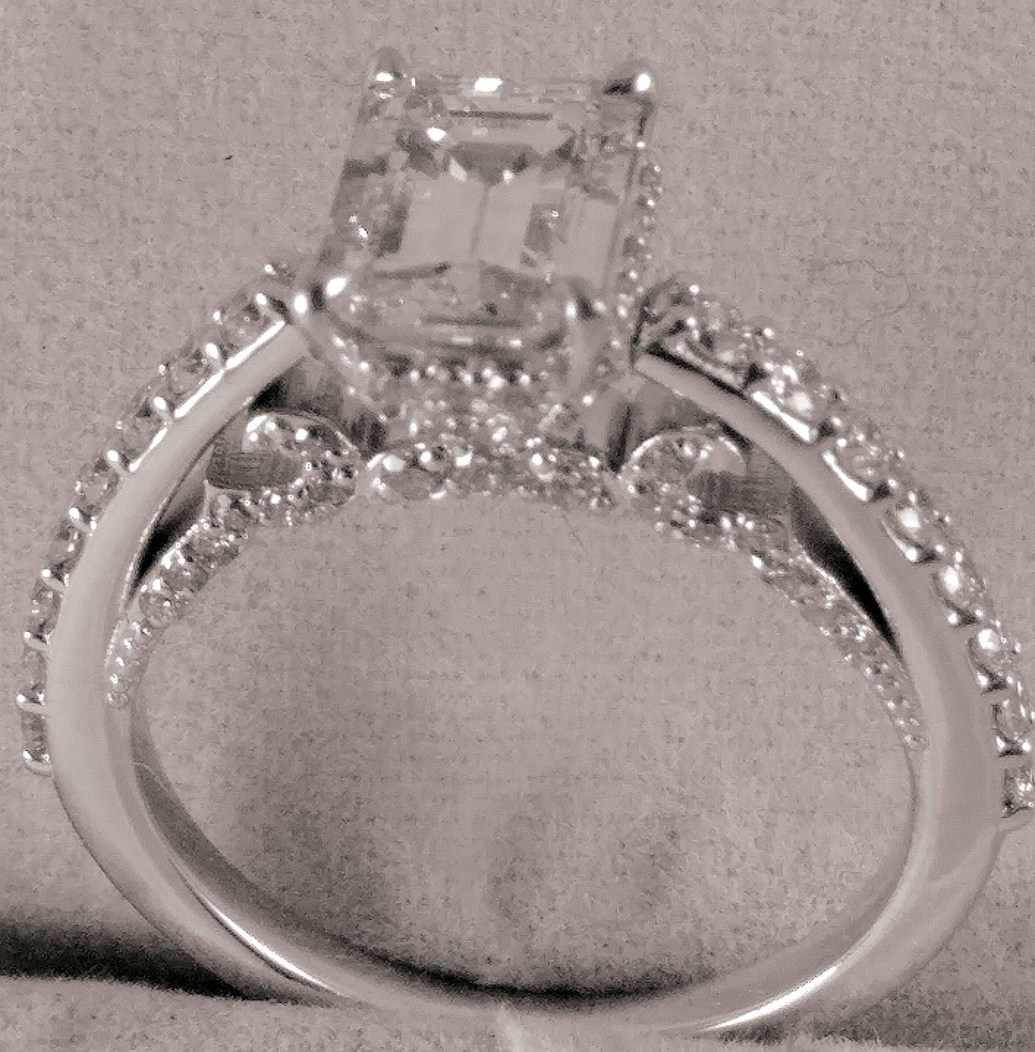 14kt white gold Engagement Ring