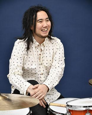 坂本先生ドラム講師.jpg
