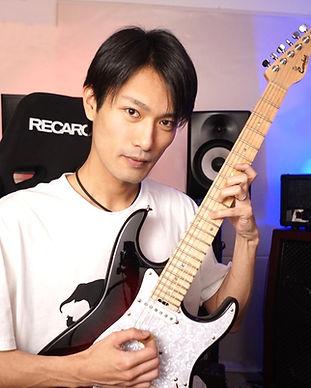 ギター講師 榊原裕介.jpg