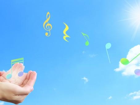 歌うことで心も身体も元気いっぱい!ストレス発散の秘密とは?