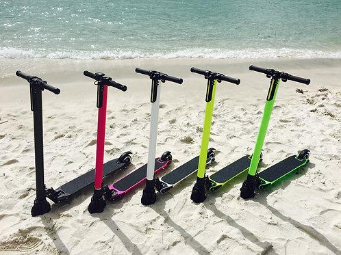 電動キックボード 軽量カーボンボディー 電動 スクーター ミニセグウェイ系 全5色