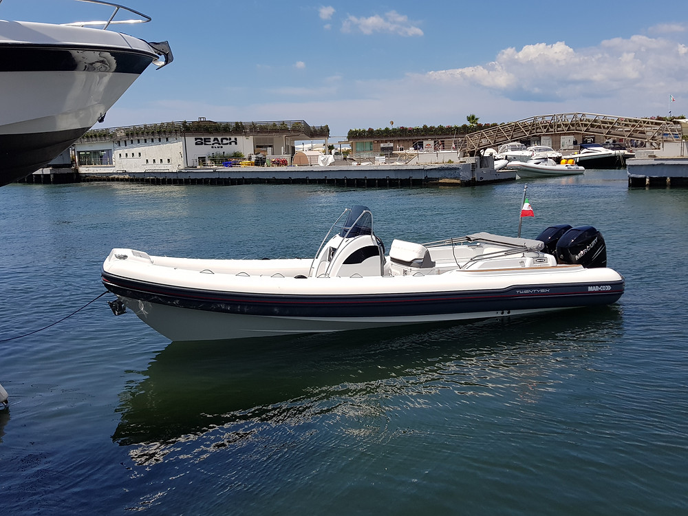 Rigid inflatable boat MAR.CO 8 meters wc toilette