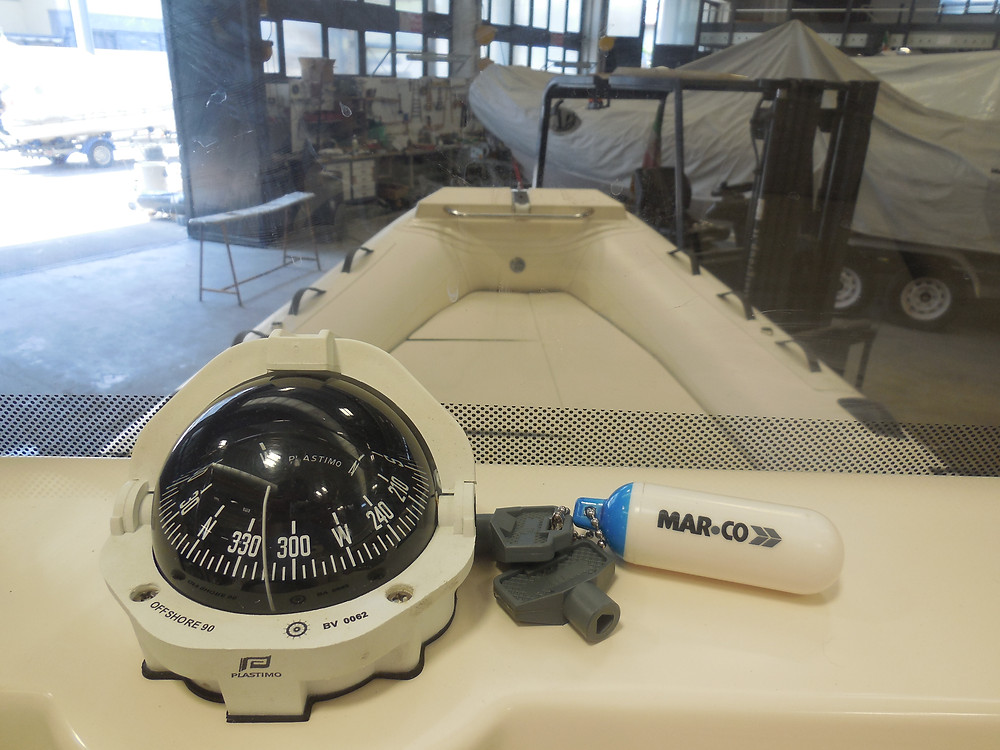 MAR.CO EIGHTEEN | 5.80 meters rigid hull inflatable boat driving console