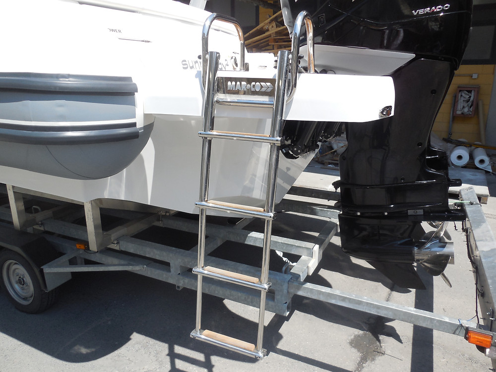 Telescopic ladder rigid inflatable boat