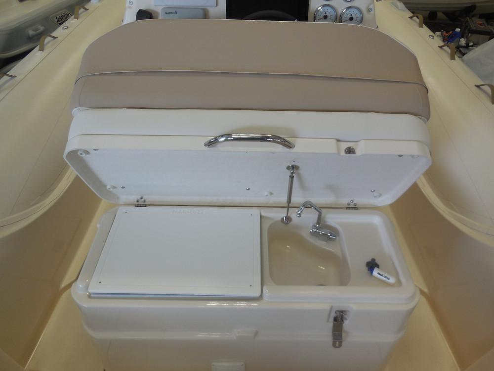 MAR.CO twentysix 8.43 meters rigid inflatable boat fridge sink faucet
