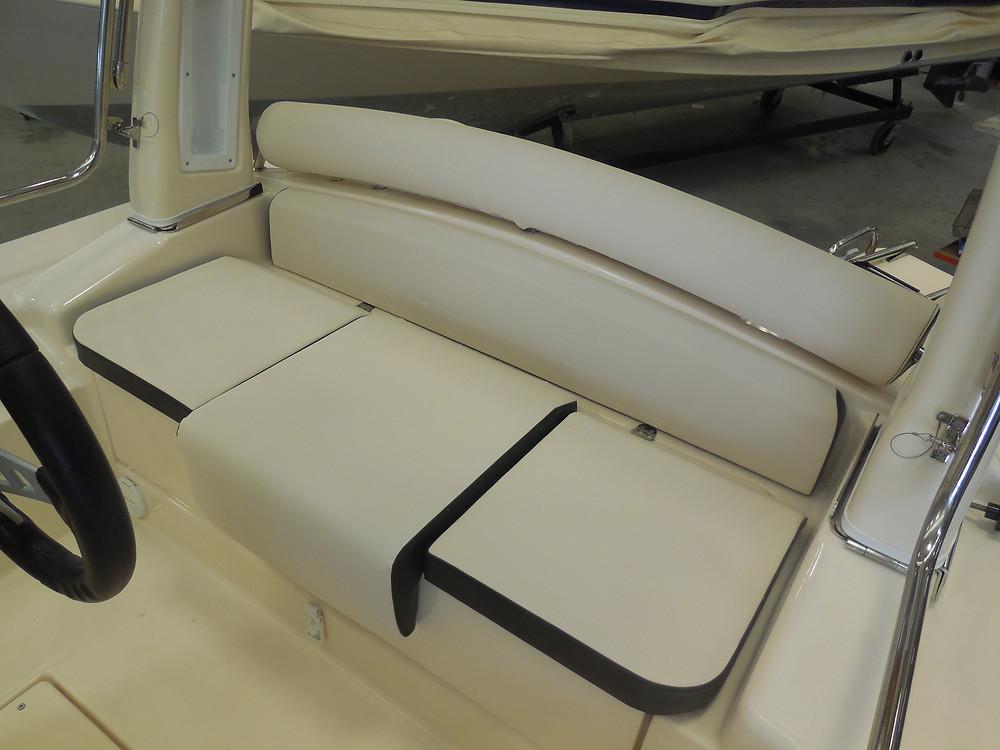 MAR.CO EIGHTEEN | 5.80 meters rhib stern seats