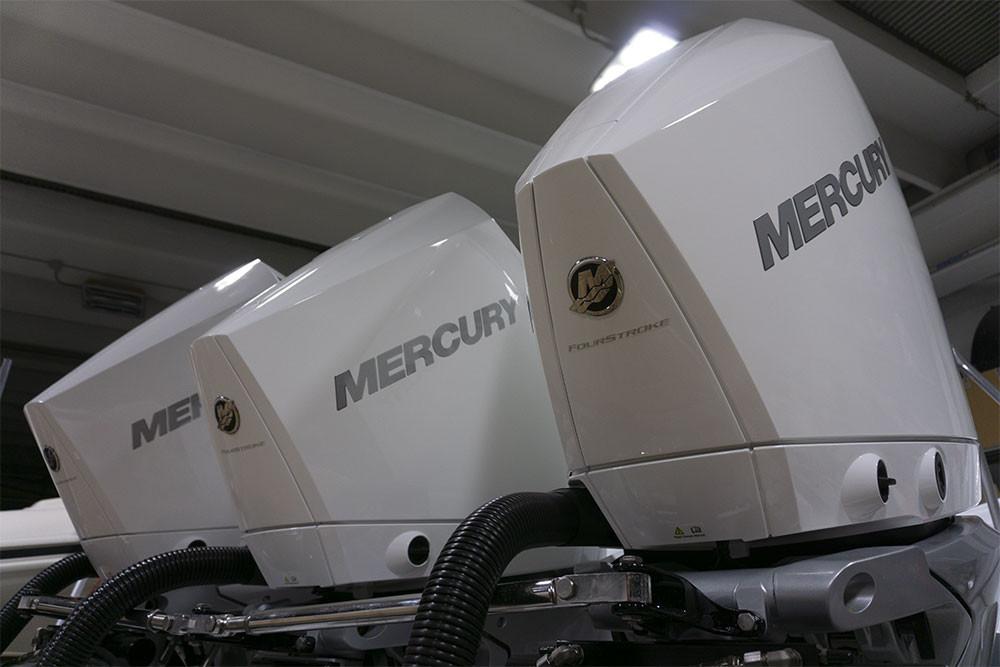 Tripla mercury verado 300 v8 bianchi