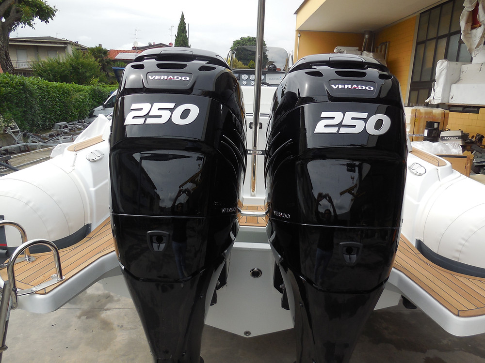 Rigid inflatable boat MAR.CO 8 meters MErcury Verado 250hp