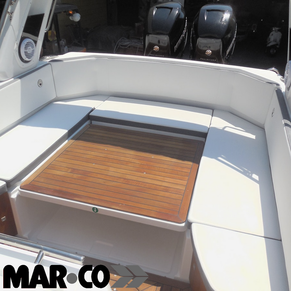 Retractable table with electric support on MAR.CO boats