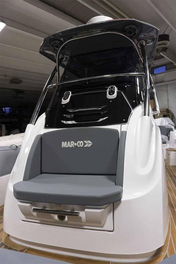 mar.co r-evolution x36 con tre motori mercury verado 300 v8