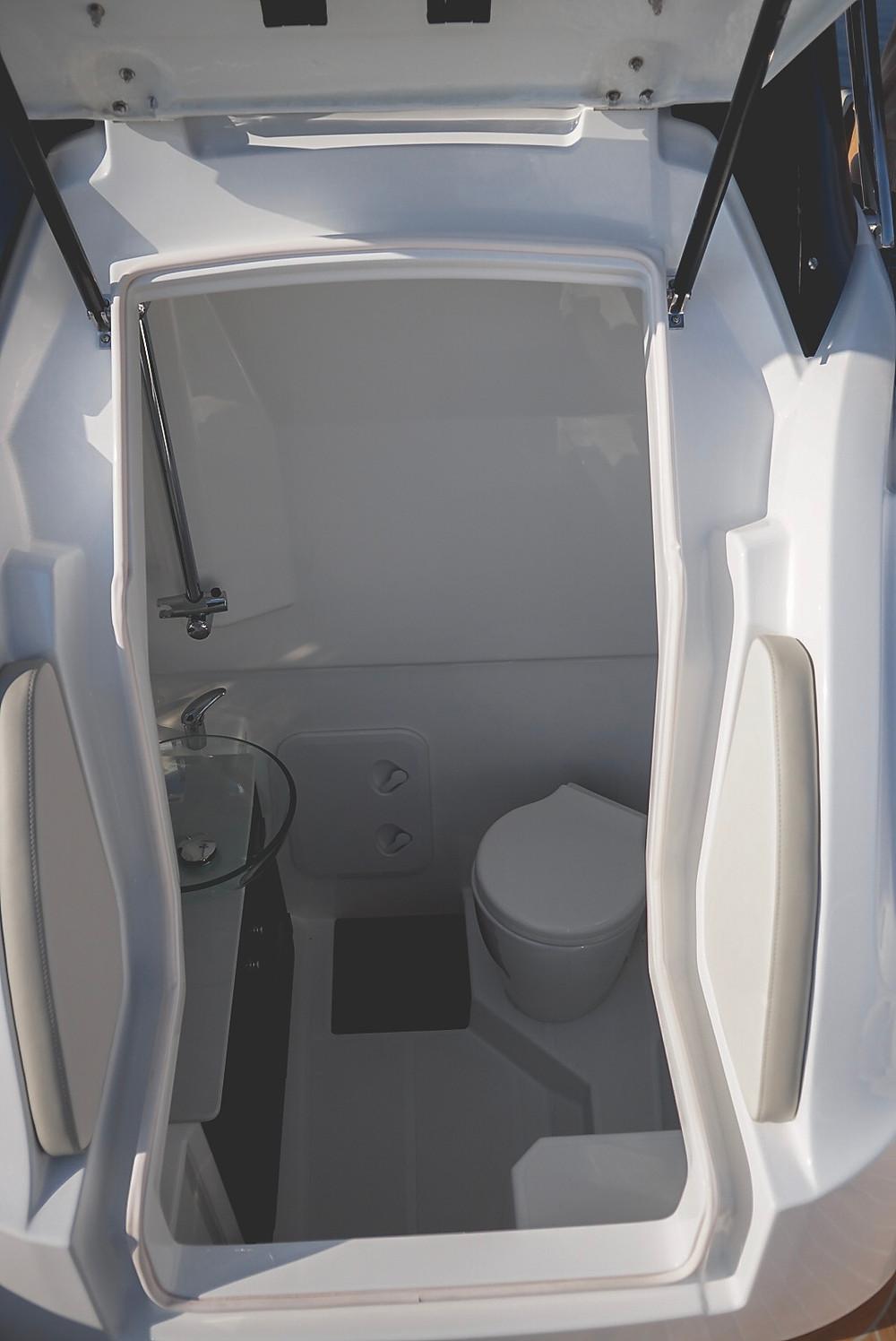toilette rigid inflatable boat