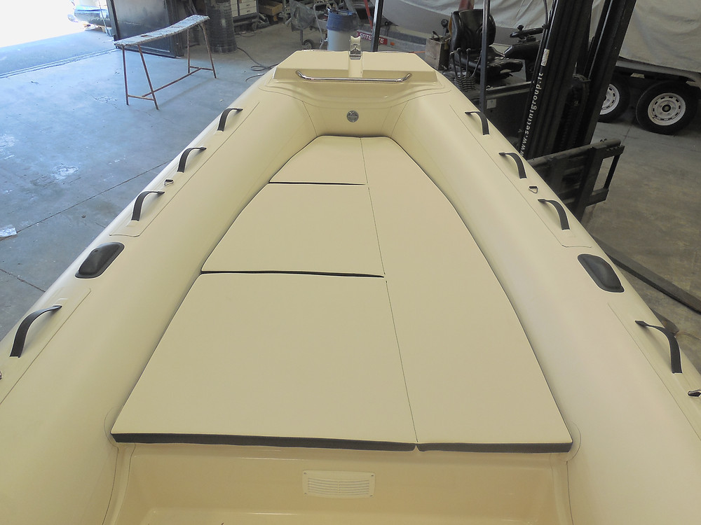 MAR.CO EIGHTEEN | 5.80 meters rigid hull inflatable boat bow sundeck