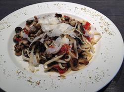 Linguine aux champignons et tomates