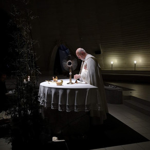 Nový rok sme privítali pred sviatosťou oltárnou