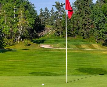 pinawa_golfclub.jpg