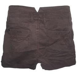 Shorts 42 Bak