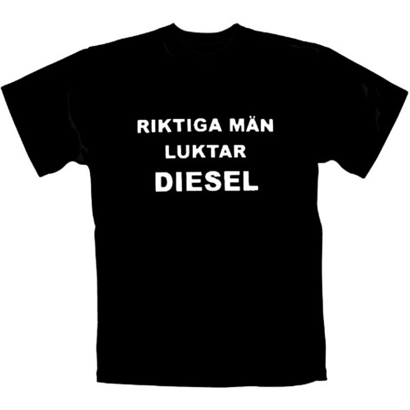 T-Shirt_Riktiga_Män_Luktar_Diesel