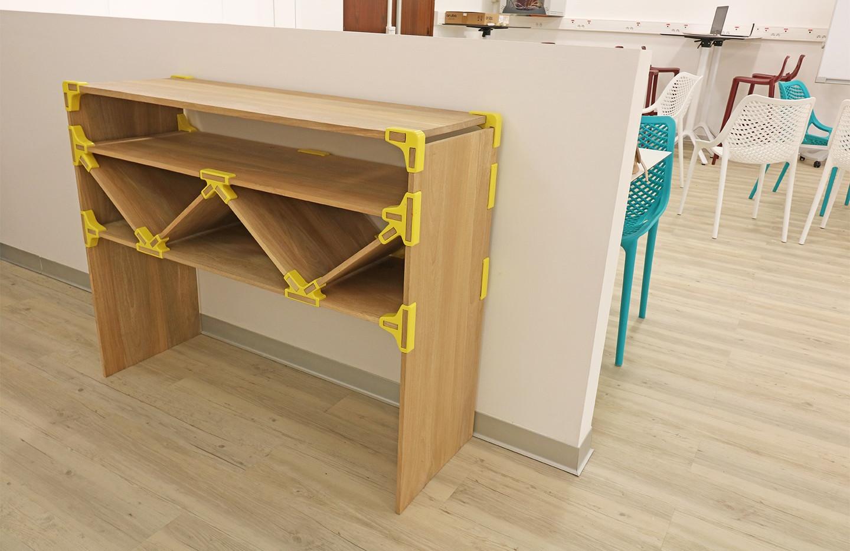 table avec connecteur5_28826069432585