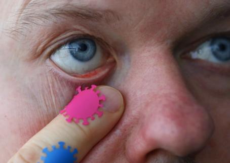 Covid-19 se Contagia a través de Ojos, Nariz y Boca