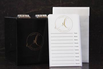 Lash Box incluye 5 Pallettes