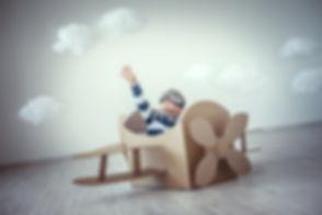 pilote enfant avion.jpg