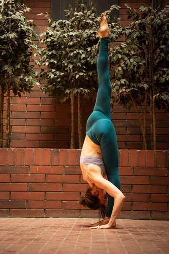 7 Ways to Build Consistency in your Yoga Practice