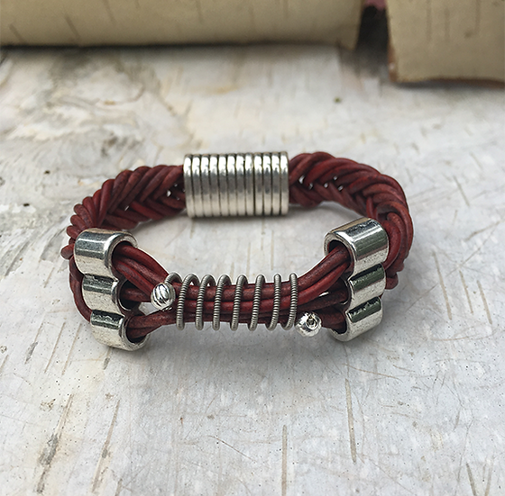 Leather Electric Guitar String Bracelet Turkey Red
