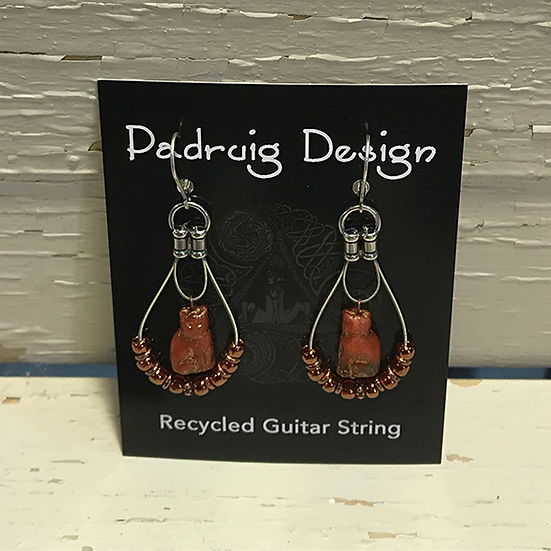 Siam Ruby Cat Guitar Stream Earrings