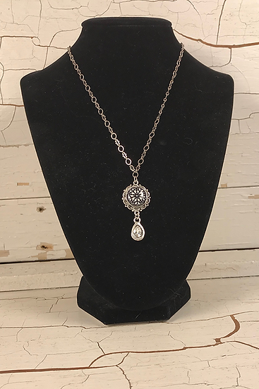 Silver Troyes Star Mini Necklace