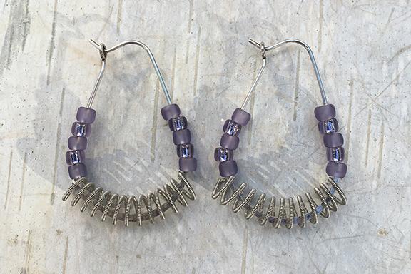 Mini Hoop Tanzanite