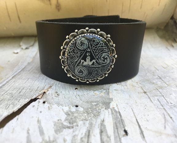 Antique Silver Circle of Life Cuff Black