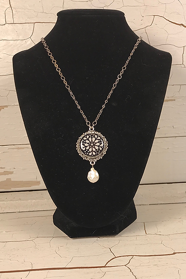 Silver Troyes Star Necklace with Freshwater Pearl Drop