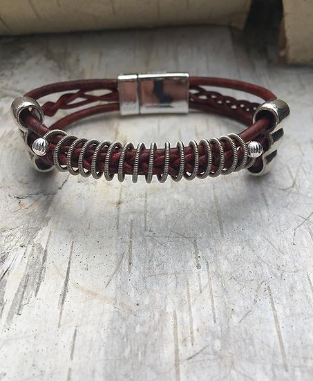 Leather Electric Guitar String Bracelet Turkey Red