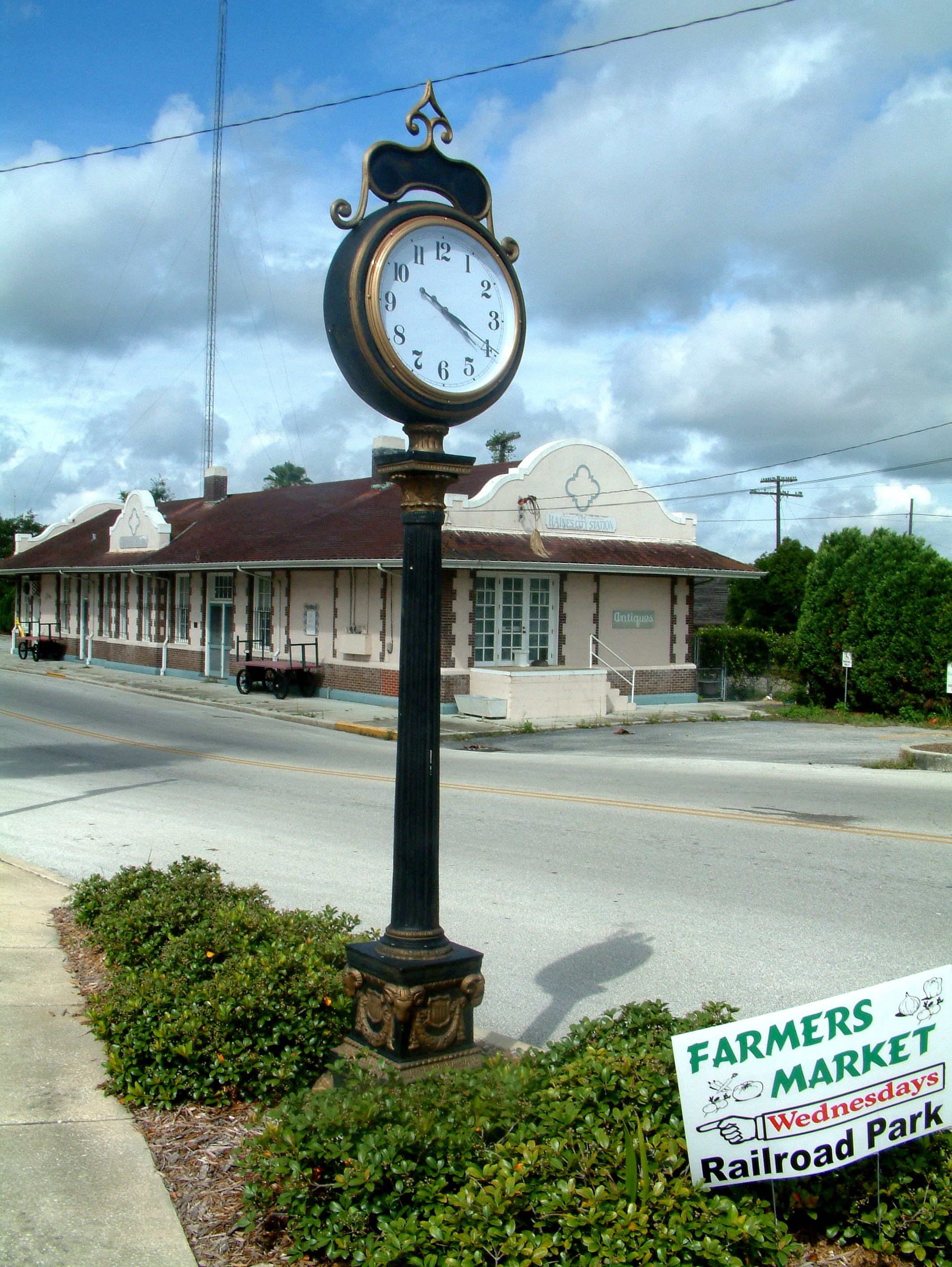 Haines City Clock