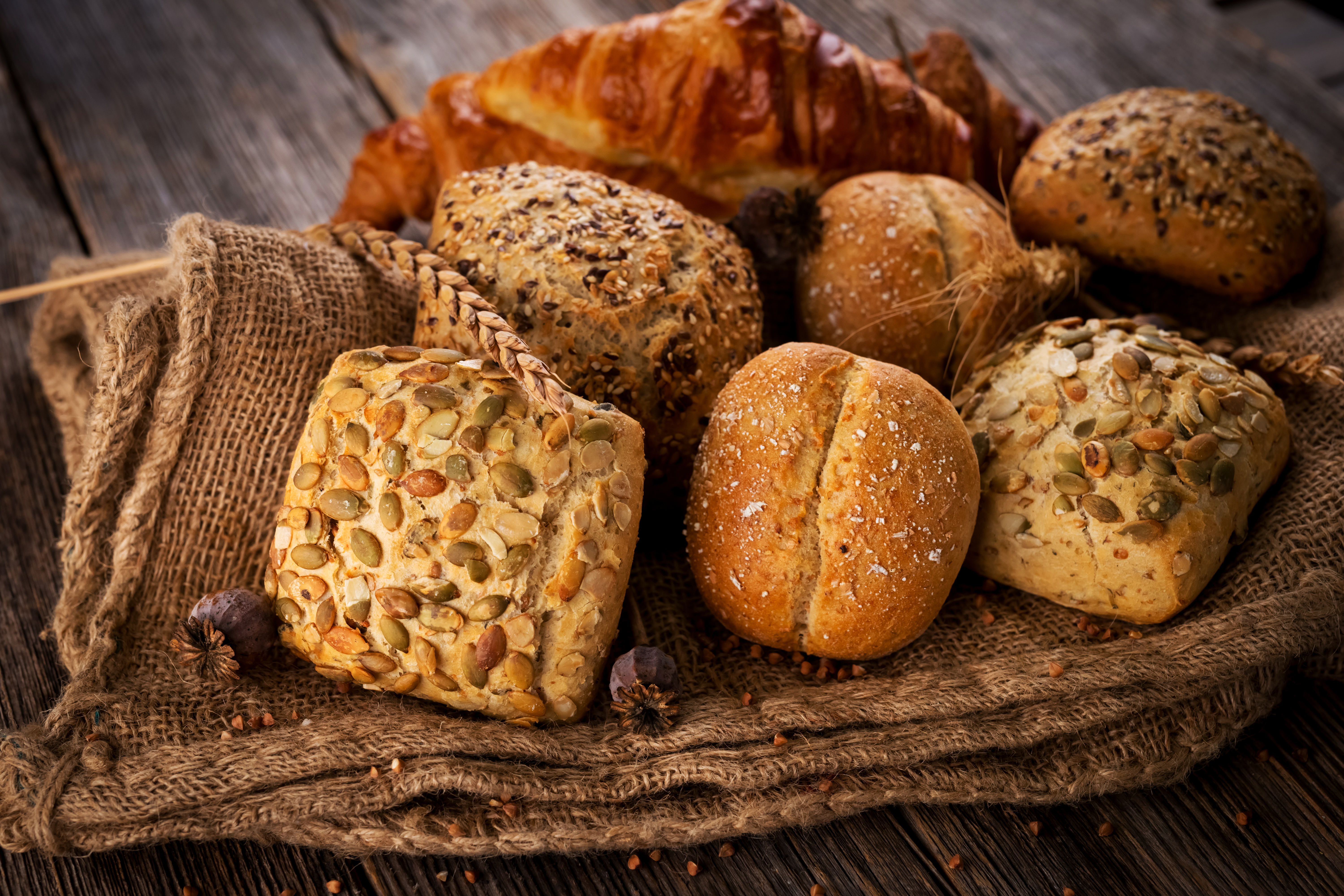 various-types-of-bread-PQM9PWX