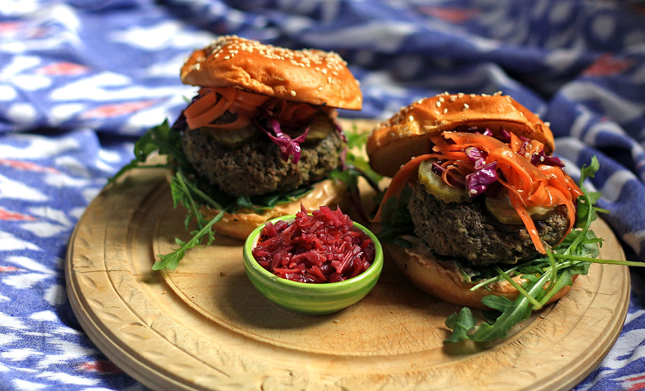 Lahpet Burger 2 12_8_21.jpg